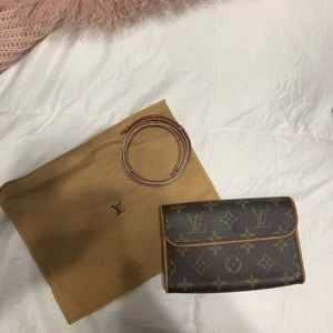 Louis Vuitton Florentine belt bag/fanny pack